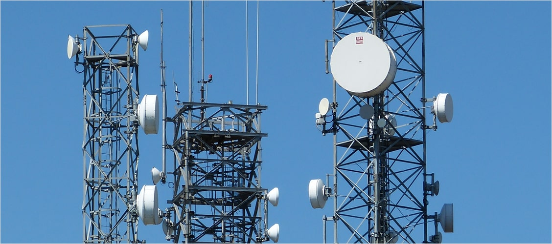 Installation and maintenance of the telecommunications network