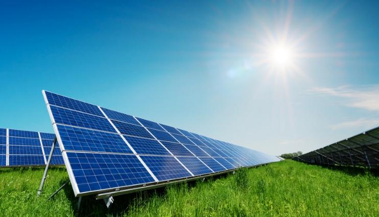 Ezentis impulsa su apuesta por el mercado energético con varios contratos en energía renovable