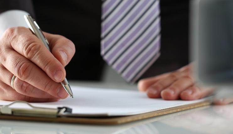 Ezentis reduce la remuneración de los consejeros y directivos