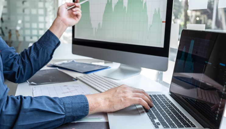 El consenso de analistas recomienda comprar Ezentis tras sus resultados trimestrales